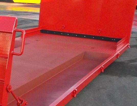 2 Vertiefungen für die Radlader Räder auf maximale Tiefe 140 mm <br /> (Preis auf Anfrage)